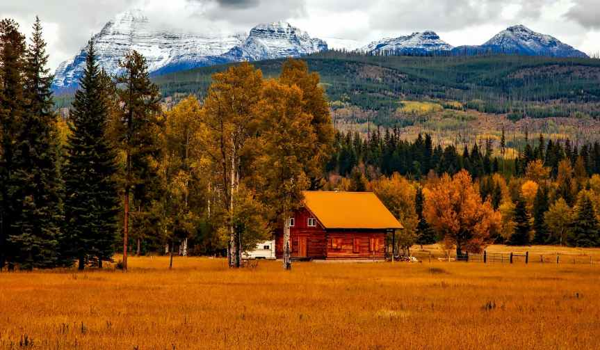autumn barn colorado colorful